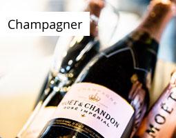 Kleine Grafik zum Thema Champagner mit mehreren Flaschen Moet & Chandon