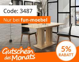 Kleine Grafik zum Thema Gutschein mit einem Esszimmertisch aus hellem Holz und zwei schwarzen Stühlen