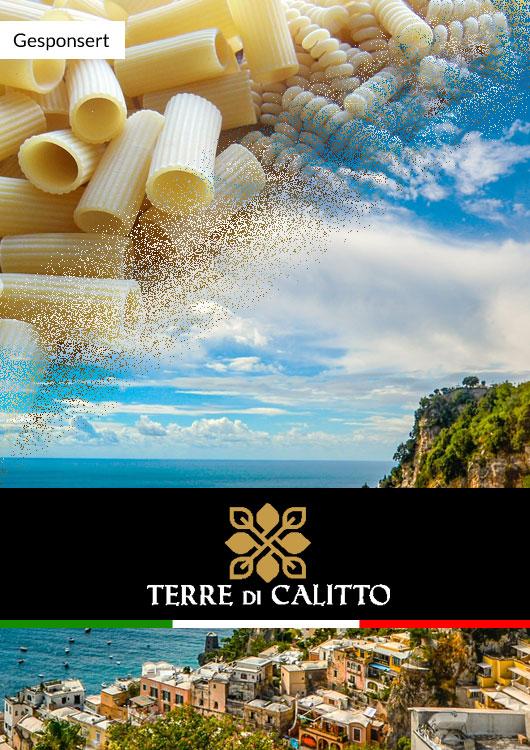 Vibes-Kachel zum Thema italienische Feinkost von Terre di Calitto mit einer italienischen Küste und Pasta