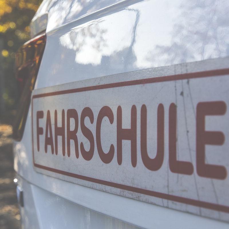 Fahrschulen in Ottensoos